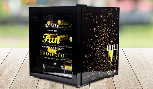 Test and keep a Prosecco Drinks Cooler filled with Prosecco