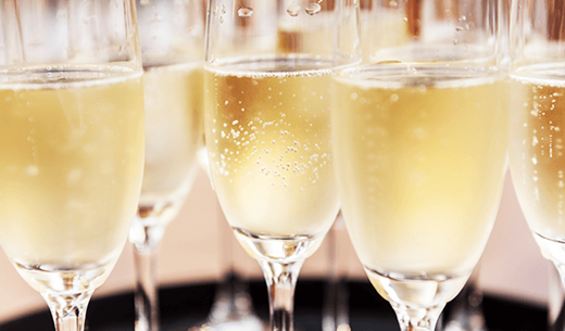 Product tester required to compare £100 worth of Moët & Chandon & Veuve Clicquot champagne